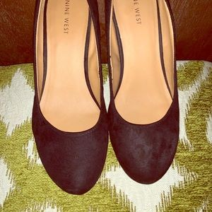 Nine West Round Toe Pumps